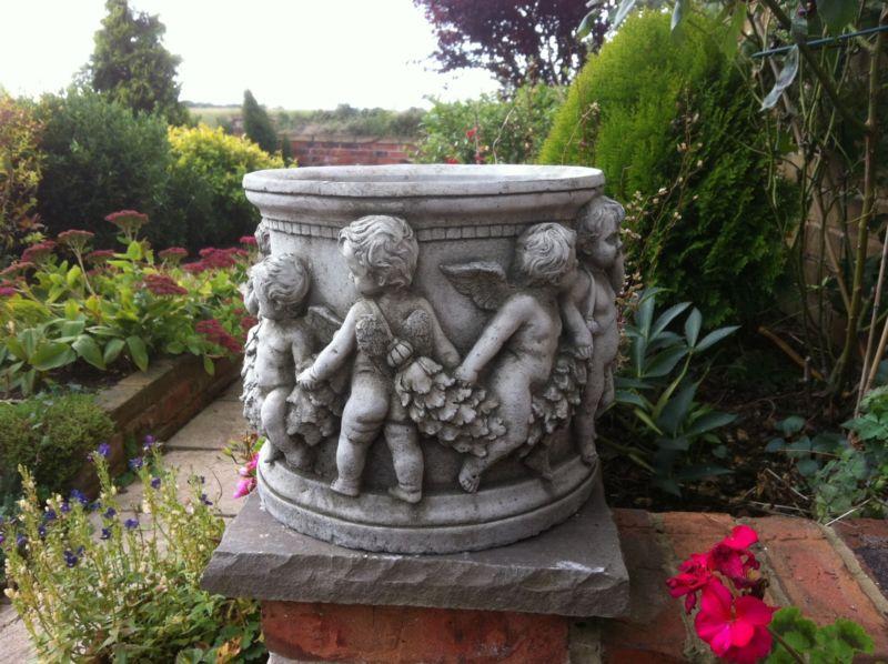 New Garden Stone Planter Roman Plant Pot Outdoor